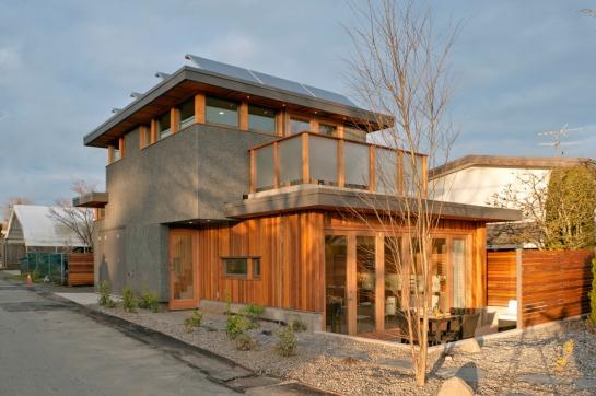 lanefab solar laneway house - from lane